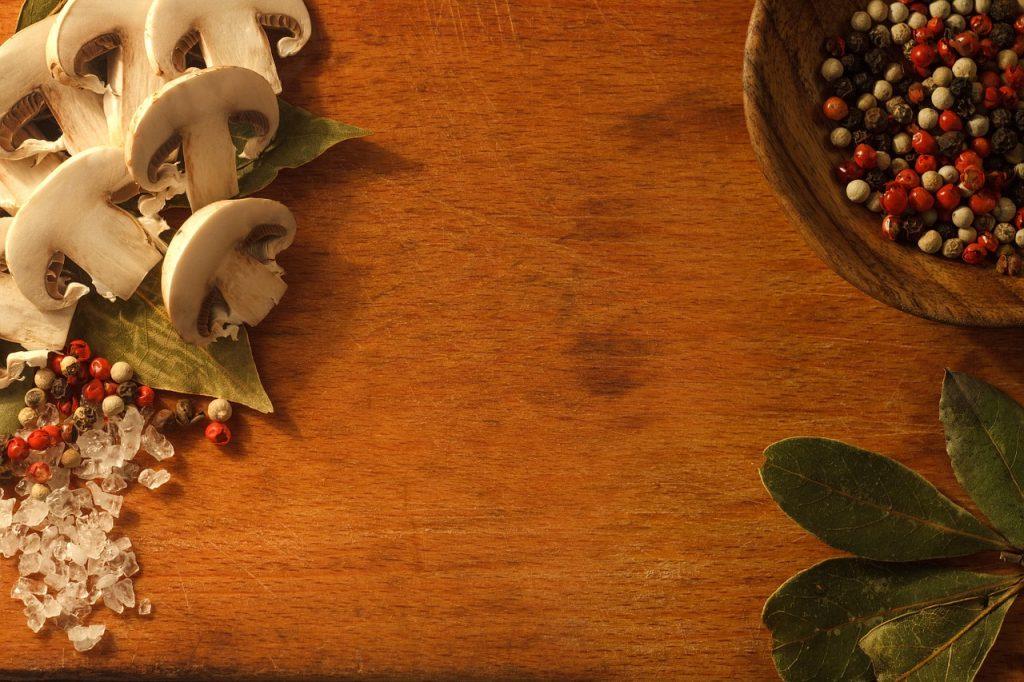 mushrooms-1491723_1280