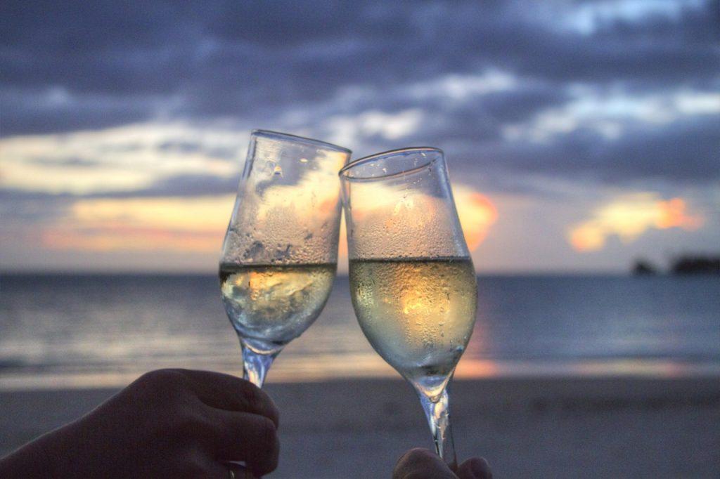 sea-sunset-beach-couple