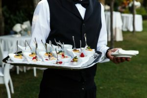 Criteria and Important Notes on Selecting a Catering Service