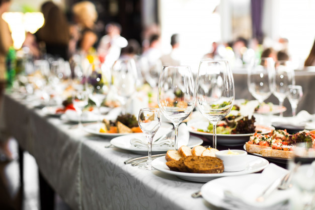 Guide to Choosing the Right Catering Services