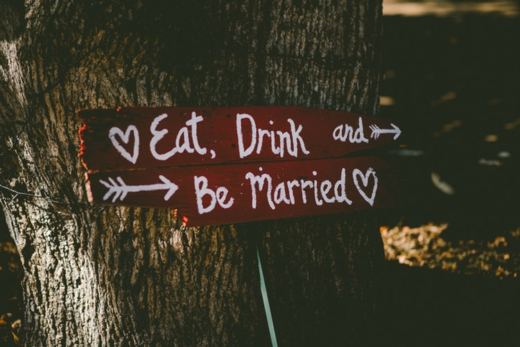 A Guide on Choosing the Best Wedding Checklist Template