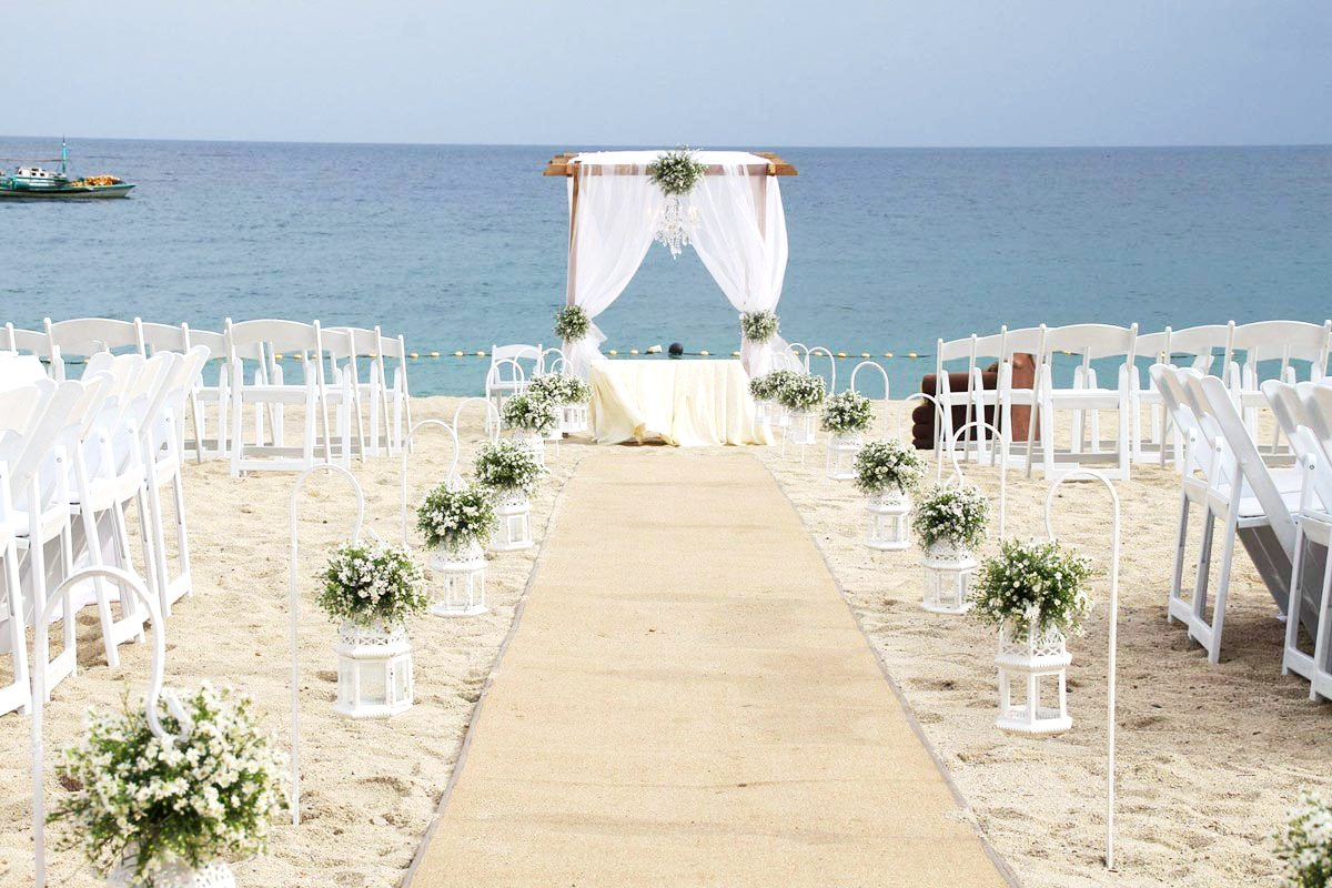 Romantic Beachside: Acuatico