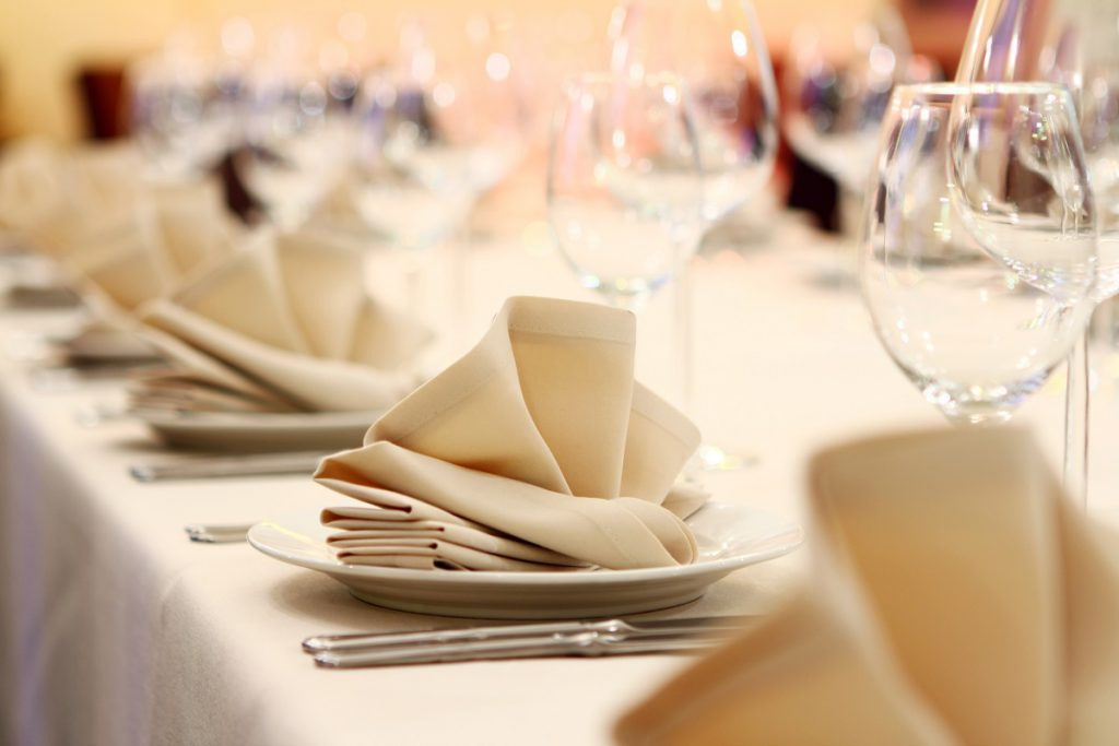 Table Setting example for a Dinner Party Catering service by Juan Carlo