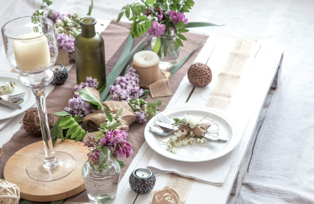 Show Your Finer Taste With Table Setting