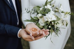 6 Common Wedding Etiquette Mistakes