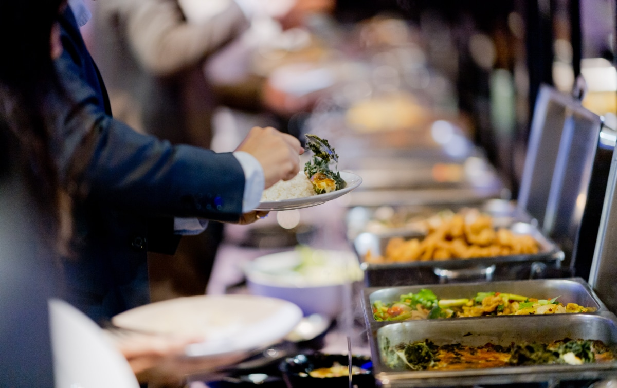 Hire A Reputable Wedding Caterer